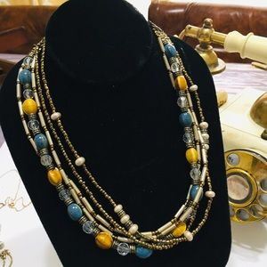 Jewelry - Beautiful Beaded necklace